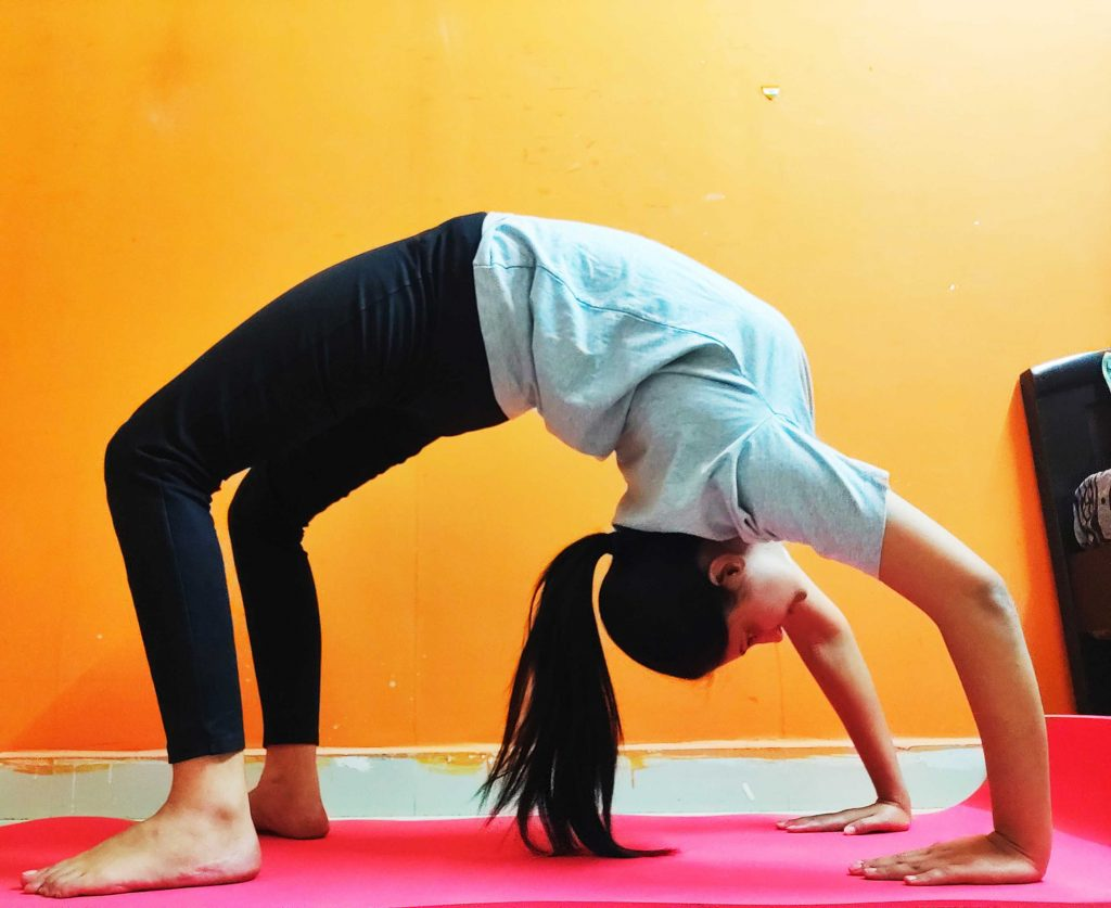 Divya Thakur Yoga Instructor
